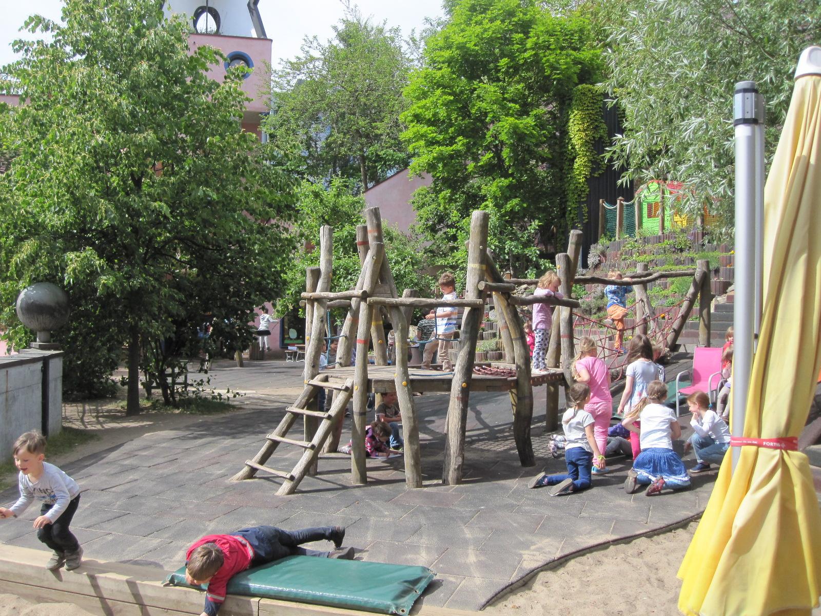 Hundertwasser Grüne Zitadelle Magdeburg Kita